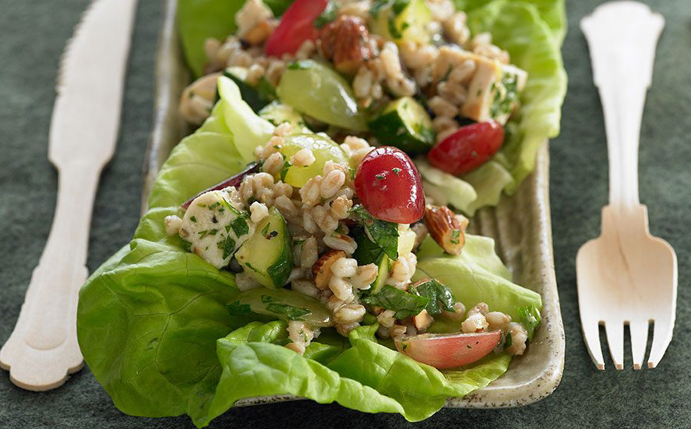 Farro and fresh grapes chicken salad