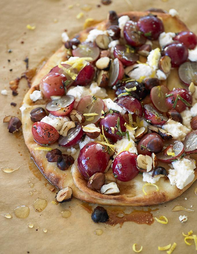 grape-flatbread