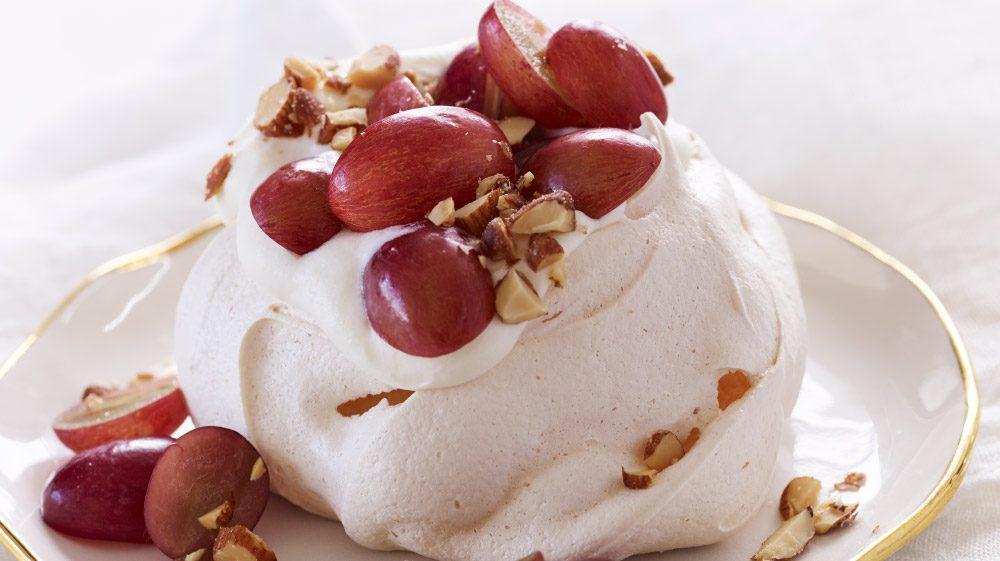 mini-pavlovas-with-lemon-cream-and-grapes