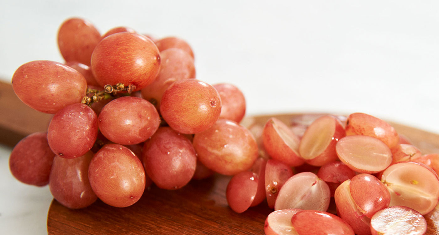 Phytonutrients from red grapes