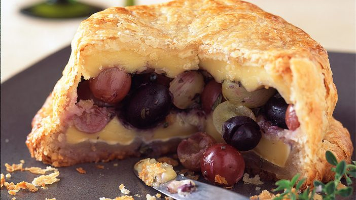 baked-brie-with-herbed-grapes