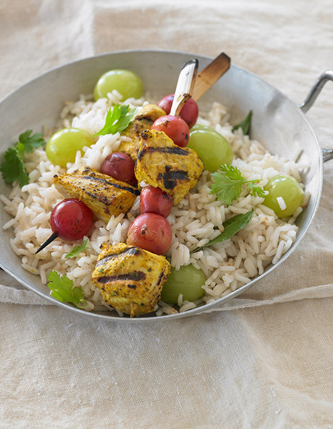 chicken-tandoori-and-california-grape-Brochettes