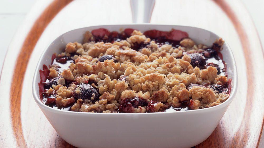 blackberry-grape-crisp
