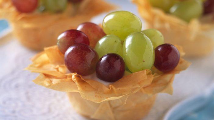 crisp-grape-tarts