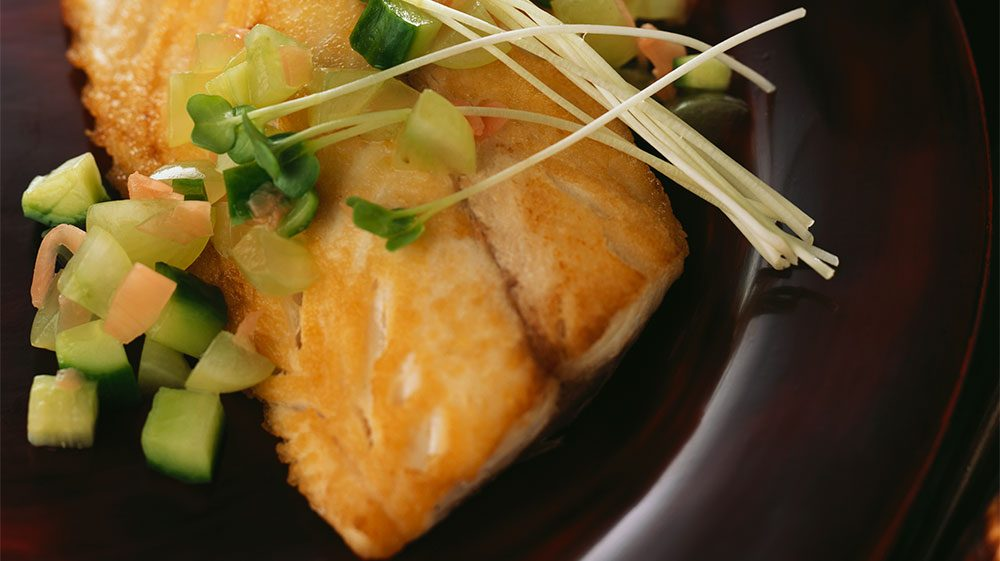 crispy-japanese-fish-with-cold-green-grape-relish