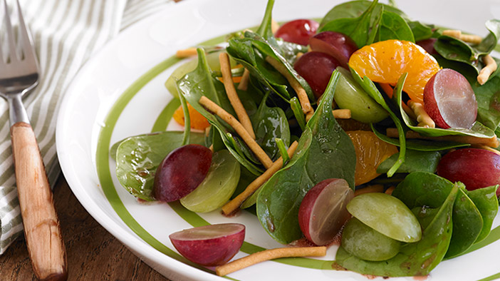 grape-and-spinach-salad-with-raspberry-balsamic-dressing