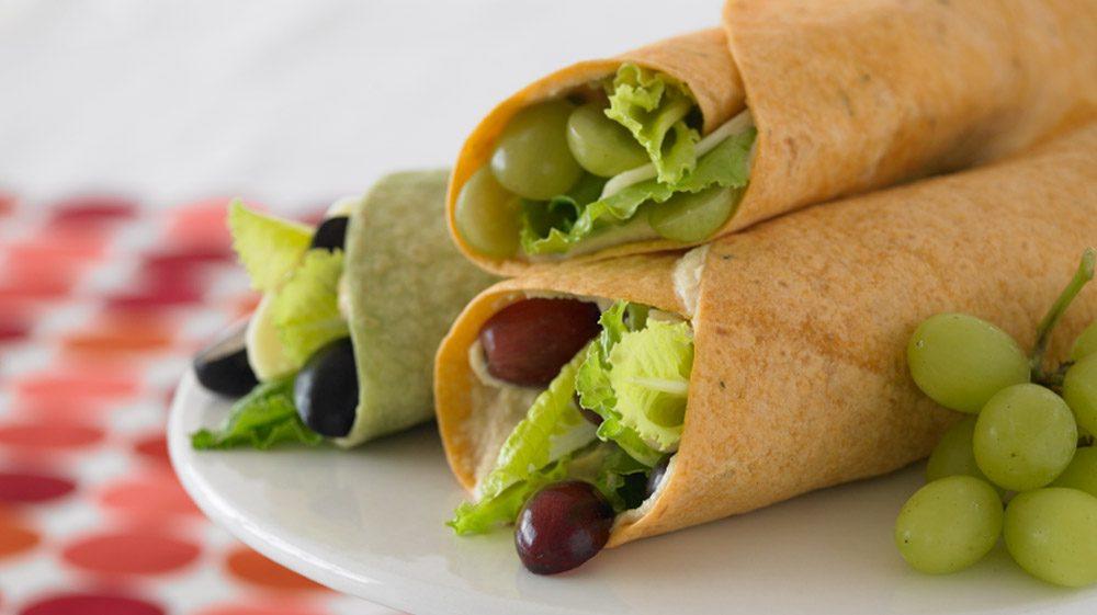 hummus-and-grape-wraps