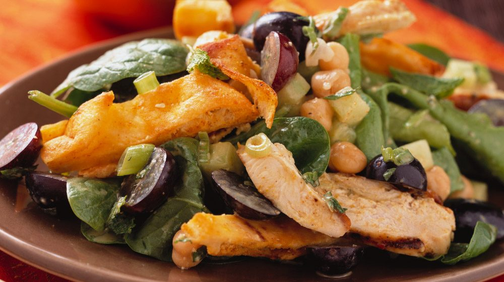 masala-chicken-salad-with-grapes