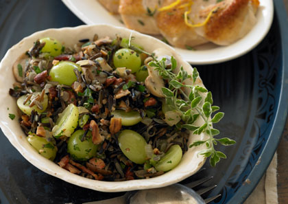 wild-rice-stuffing-with-grapes-and-hazelnuts
