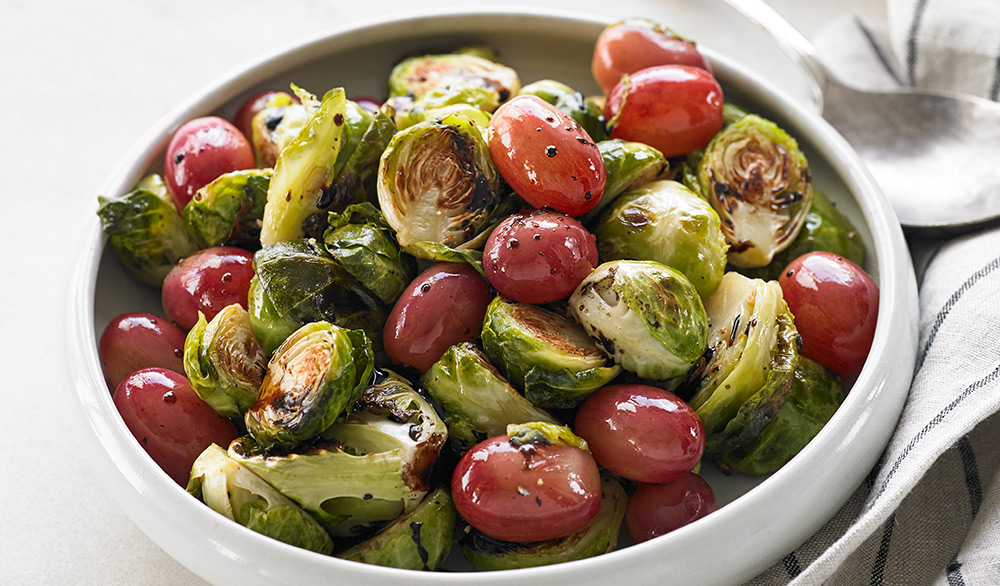Roasted-Brussels-Sprouts-with-Grapes-and-Balsamic_v1_current